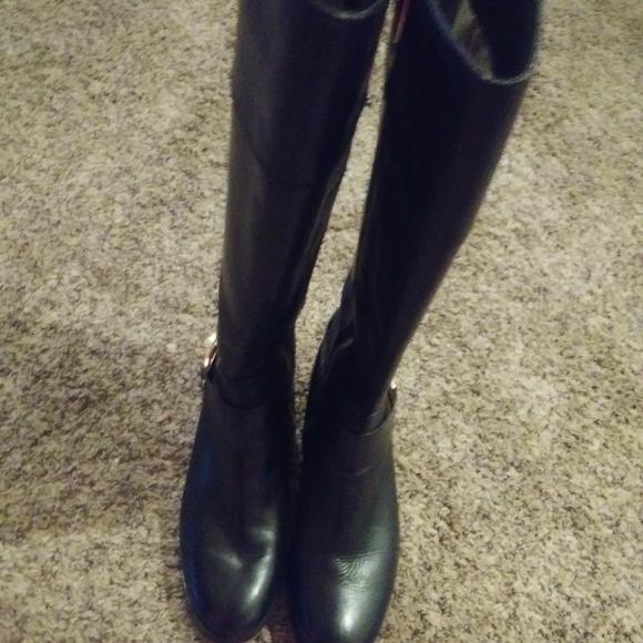 a547ef861f6 MK boots